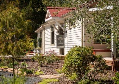 8 Cottages